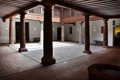Un museo gozoso en alc zar de san juan los escritos de for Muebles alcazar de san juan